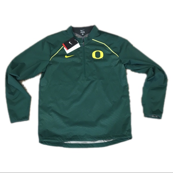 d9b6e1736aed9 Oregon Ducks Nike Men s Alpha Rush Jacket Medium. NWT